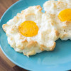 雲のようなEgg on Cloud「The Latest Breakfast Instagram Craze is This Unexpected Take on Eggs」