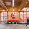 移動可能な新しいモバイルオフィス「The Making of Coroflot's New Mobile Work Unit」