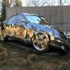 まるで3DCG!事故車のポリゴンデータを元に制作されたステンレス製の美しいアート「Wreck」