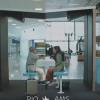 行き先の国の人と空港で会話できる KLMオランダ航空「KLM Take-Off Tips」