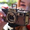 アナログな雰囲気が魅力 組み立て式木製カメラ「Wooden Assembly Pinhole Camera」