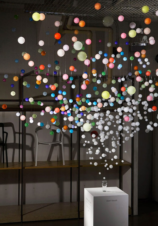 1-sparkling-bubbles-installation-by-emmanuelle-moureaux-for-coca-cola