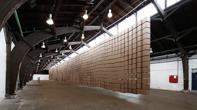 435-prepared-dc-motors-2030-cardboard-boxes-35x35x35cm-zimoun-2017-6