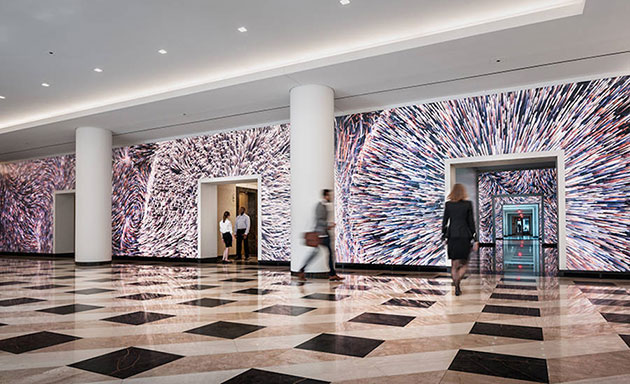 Amazing-screen-installation4-900x548