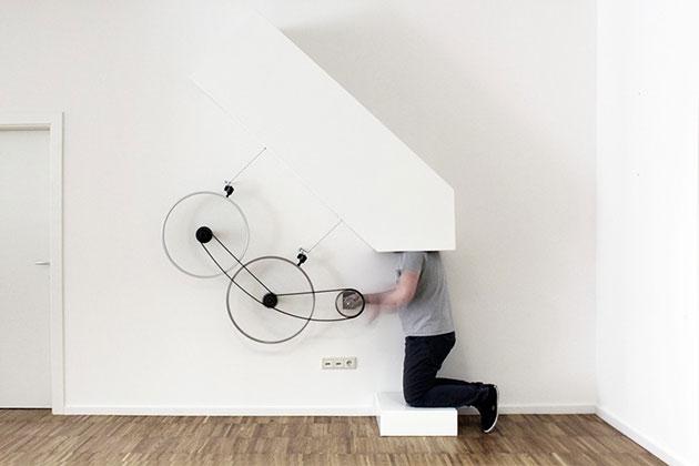 HEUREKA-Helmet-Moradavaga-designboom-03-818x545