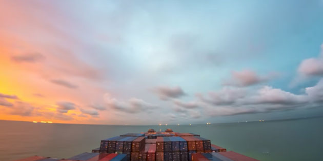 Timelapse_at_Sea02