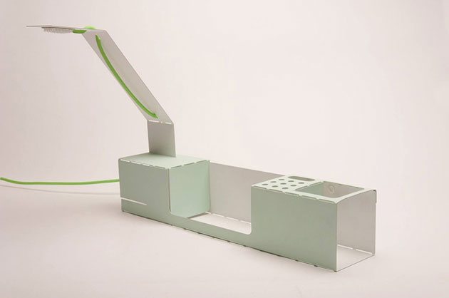 cut-desk-2