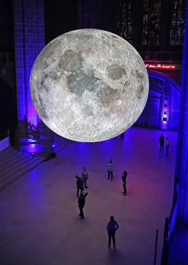 moon-10-Gareth-Jones-768x1084@2x