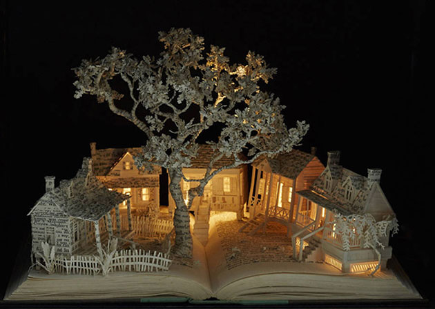 enchanting-book-sculpturesinspiredbyfairytales-0-900x640
