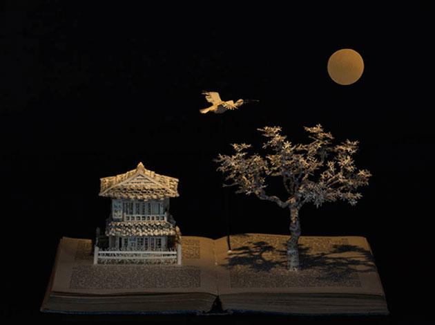 enchanting-book-sculpturesinspiredbyfairytales-5-900x671