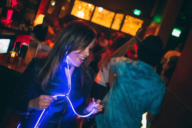 glowheadphones3